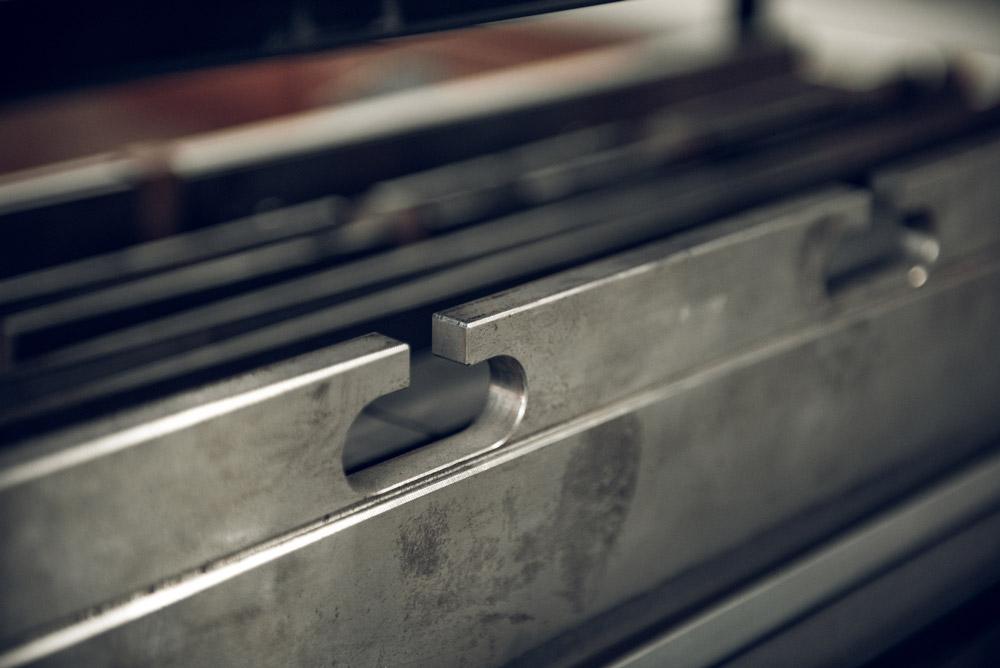 machine parts custom cut by waterjet machine